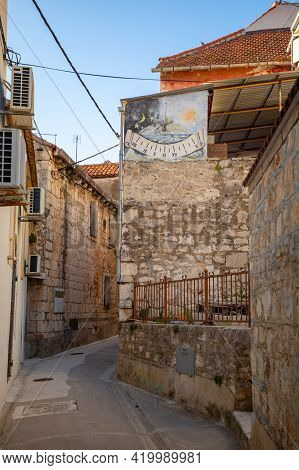 Milna, Croatia - 01.04.2021: Buildings In Milna On Brac Island, Dalmatia, Croatia