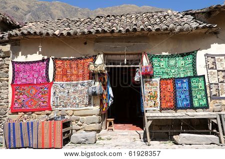 Tourist Spot In The Andes, Ollantaytambo