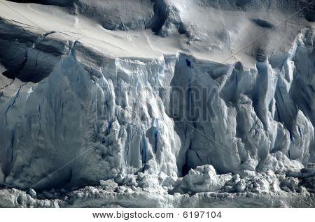 Crisp Antarctic Ice
