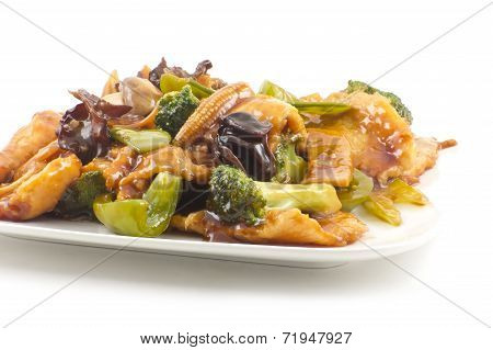 Yu-shiang chicken with garlic sauce and sauteed mixed chinese vegetables