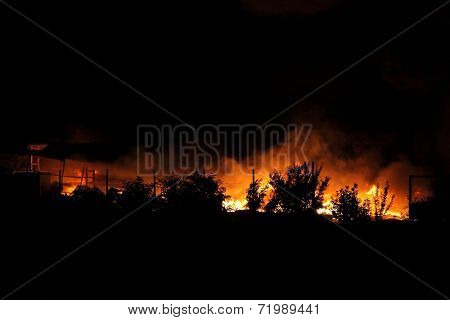 Huge fire spreading over buildings