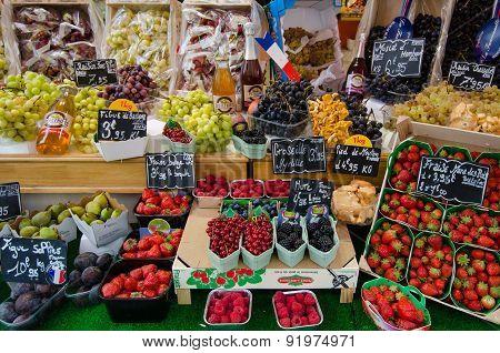 Fresh fruit for sale at an outdoor market in Paris, France