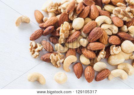 Assorted mixed nuts Almond Cashews nuts macadamia walnut