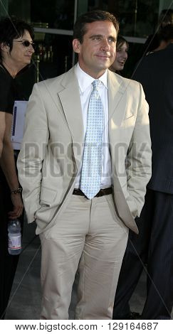 """Steve Carell at the Los Angeles premiere of """"The 40 Year-Old Virgin"""" held at the ArcLight Theatre in Hollywood, USA on August 11, 2005."""