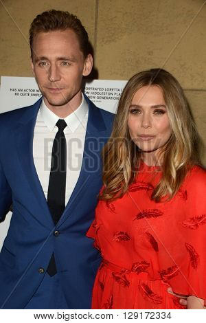 LOS ANGELES - MAR 22:  Tom Hiddleston, Elisabeth Olsen at the I Saw the Light LA Premiere at the Egyptian Theatre on March 22, 2016 in Los Angeles, CA