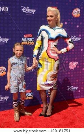 LOS ANGELES - APR 29:  Gwen Stefani at the 2016 Radio Disney Music Awards at the Microsoft Theater on April 29, 2016 in Los Angeles, CA