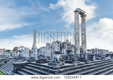 Apollon Temple View
