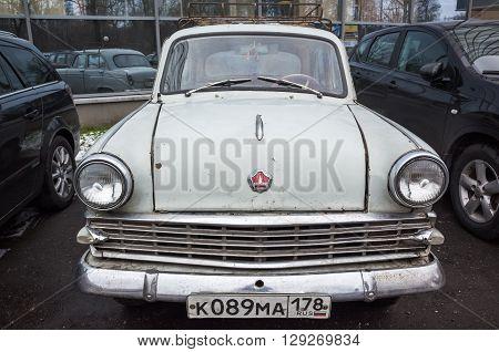 Gray Old Timer Moskvitch-403 Car