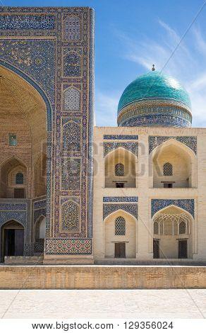 Uzbekistan, Bukhara, view of the Mir-i-Arab madrassah