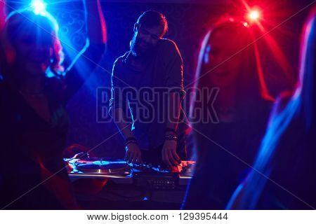Funky deejay
