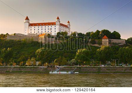 BRATISLAVA, SLOVAKIA - MAY 06, 2016: View of Bratislava castle over river Danube on May 06, 2016.