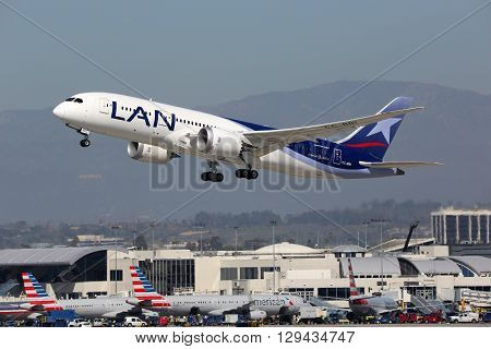 Lan Airlines Boeing 787-8 Airplane Los Angeles International Airport