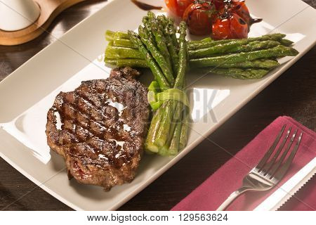Grilled Beef Tenderloin With Vegetables