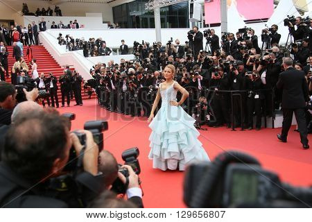 Blake Lively attends the 'Slack Bay (Ma Loute)' premiere during the 69th annual Cannes Film Festival at the Palais des Festivals on May 13, 2016 in Cannes, France.