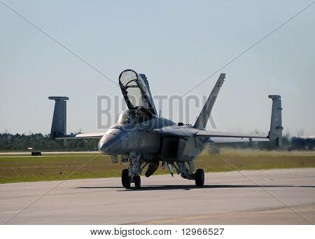 Us Navy F/a-18 Jetfighter Landing At Ellington Field