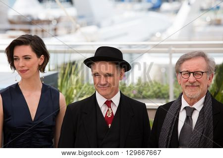 Rebecca Hall, Mark Rylance, Steven Spielberg at the photocall for 'The BFG (Le Bon Gros Geant - Le BGG)' , at the 69th Festival de Cannes.