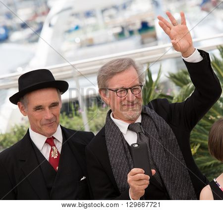 Mark Rylance, Steven Spielberg at the photocall for 'The BFG (Le Bon Gros Geant - Le BGG)' , at the 69th Festival de Cannes.