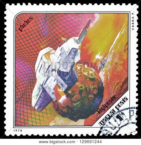 HUNGARY - CIRCA 1978 : Cancelled postage  stamp printed by Hungary, that shows Space ship near Phobos.