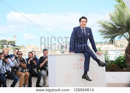 Actor Cho Jin-Woong attends 'The Handmaiden (Mademoiselle)' photocall during the 69th annual Cannes Film Festival at the Palais des Festivals on May 14, 2016 in Cannes, France.