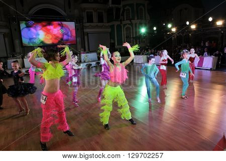 MOSCOW - MARCH 19: Unidentified children age 8-18 compete at artistic dances at European Artistic Dace Championship, organized by World Dance Artistic Federation on March 19, 2016, in Moscow.