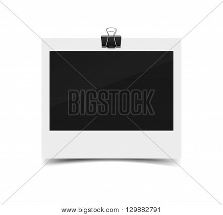 Blank vintage paper photo frame from instant camera with shadow with paper clip isolated on white for images. realistic vector illustration of photoframe with space for images and photos. Photo frame vector