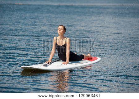 Sup Beautiful Girl Yoga Meditation05