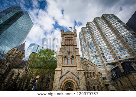 St Andrew's Presbyterian Church And Modern Buildings Along Simcoe Street, In Downtown Toronto, Ontar