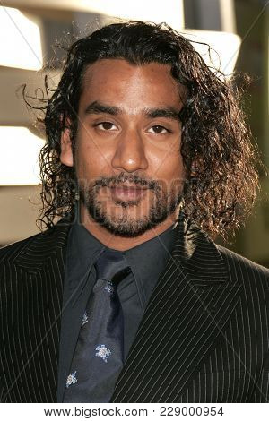 LOS ANGELES - JUL 13:  Naveen Andrews at the ABC Summer Press Tour Party 2004  on July 13, 2004 in Century City, CA.