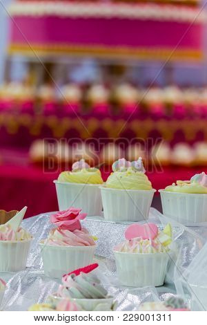 Sweet Beauty Flower And Topping Pastel Color On Weddinng Cake Decoration.