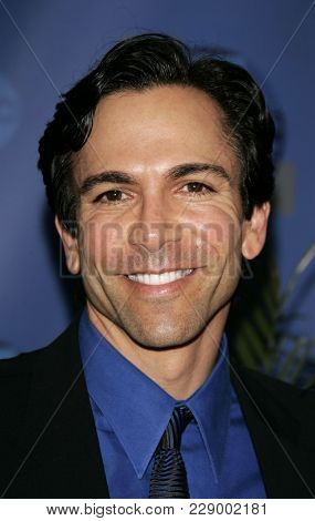 LOS ANGELES - JUL 13:  Dr. William Dorfman at the ABC Summer Press Tour Party 2004  on July 13, 2004 in Century City, CA.