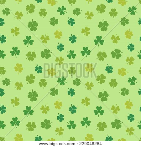 St Patricks Day Shamrock Seamless Pattern - Vector Irish Clover Background