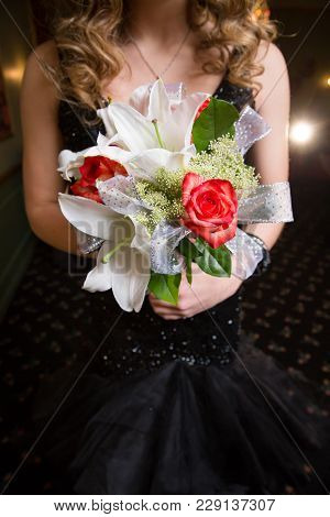 Rose And Lily Flower Bouquet