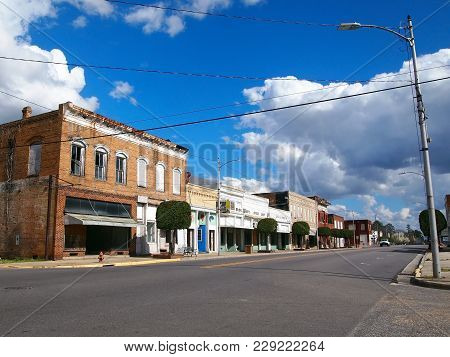 Rowland, Nc - February 26, 2018: A Block Of W. Main St. With Old Shops And Empty Buildings In The To