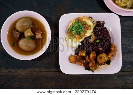 Set Of Thai Food Eating With Ricebury - Eggs And Pork In Brown Sauce, (helthy Food)