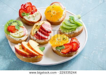 Fruit Dessert Sandwiches With Ricotta Cheese. Delicious Healthy Breakfast Toasts With Cream Cheese,