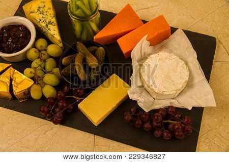 Large Shared Cheeseboard Platter