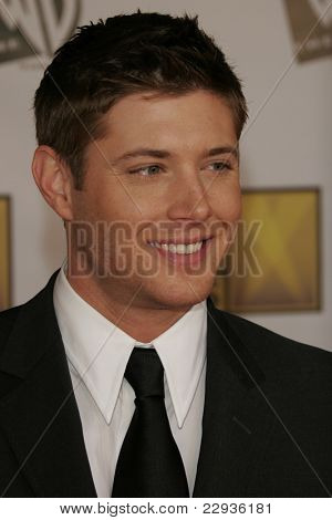 SANTA MONICA - JAN 9: Jensen Ackles arrives at the11th annual Critics Choice Awards held at the Santa Monica Civic Center in Santa Monica, California on 9th January 2006