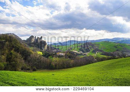 Parco Regionale Dei Sassi Di Rocca Malatina - Modena Vignola - Emilia Romagna - Italy .