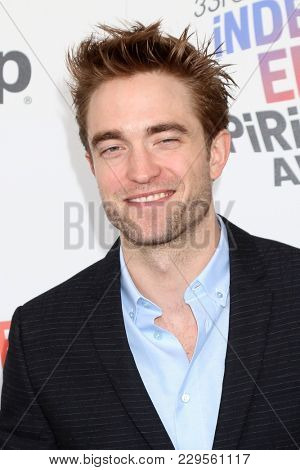 LOS ANGELES - MAR 3:  Robert Pattinson at the 2018 Film Independent Spirit Awards at the Beach on March 3, 2018 in Santa Monica, CA