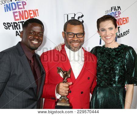 LOS ANGELES - MAR 3:  Daniel Kaluuya, Jordan Peele, Allison Williams_ at the 2018 Film Independent Spirit Awards at the Beach on March 3, 2018 in Santa Monica, CA