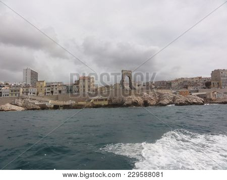 Sea In Marseille, City Of The South Of France In Provence. Marseille, Capitale Of The Bouches Du Rho