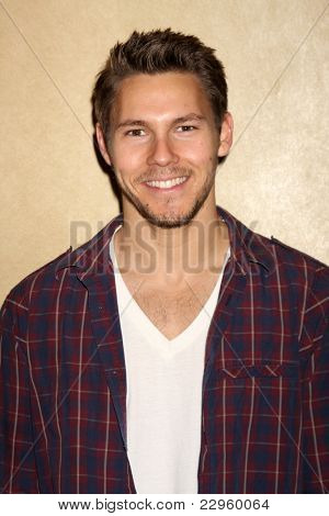 LOS ANGELES - AUG 27:  Scott Clifton attending the Bold & The Beautiful Fan Event 2011 at the Universal Sheraton Hotel on August 27, 2011 in Los Angeles, CA