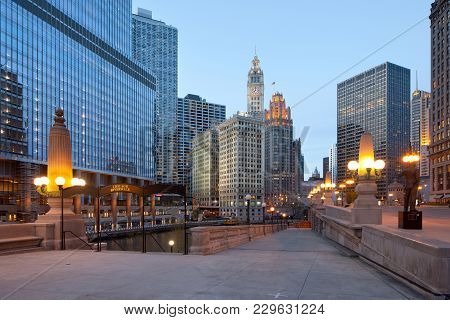 Chicago, Illinois, United States - May 04, 2011: A View Of Chicago River, Riverwalk And Office Build
