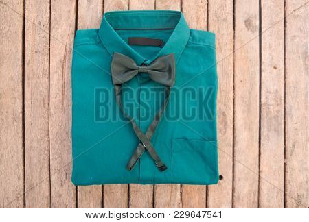 Green Shirt And Green Bow Tie, Stylish Groom Or Romantic Moment