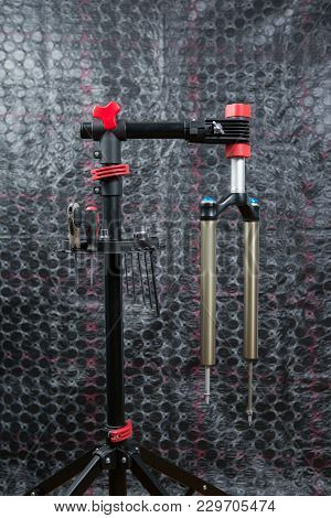 Bicycle Workshop, Bicycle Fork Maintenance, Tools & Maintenance