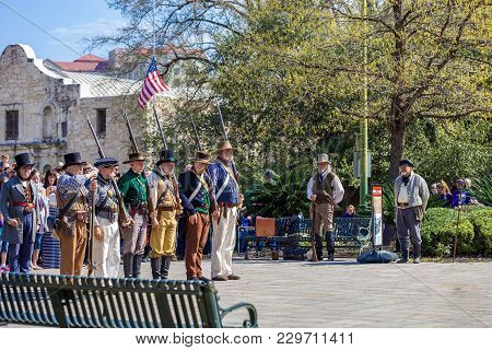 San Antonio, Texas - March 2, 2018 - People Participate In The Reenactment Of The Battle Of The Alam