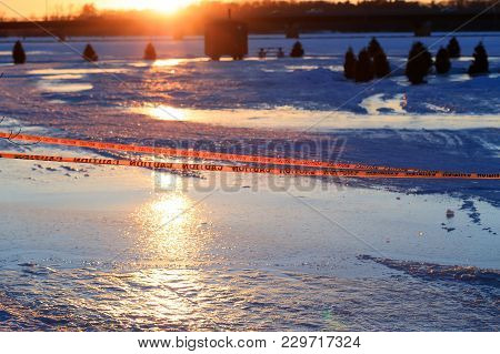 Warning Sign Of Thin Ice In The Fishing Village Installed On The Lake At Risk Of Drowning. Warning O