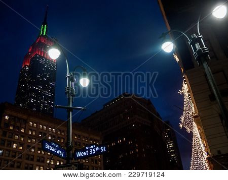 New York-december 21: Holiday Lights During The Christmas Season On December 21 2005 On Broadway In