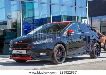 Puilboreau, France - August 7, 2016 : Black Ford Focus Standing Stationary On Road At Puilboreau, Fr