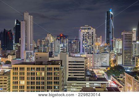 Panama City, Panama - November 3, 2017: Skyline Of Panama City At Night With Towerbank And Veneto Gr